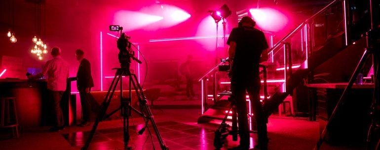 Videoproduktion Erlangen, Nürnberg und München. Corporate Video - Interview Produktion - Live Show Produktion - Webcast Erlangen, Nürnberg, München redtag.media